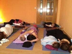 Yoga Mama Bebé Alaquas